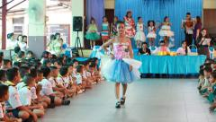 Recycled Fashion Dresses Students in Padres recycling contest. Stock Footage