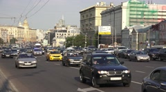 A typical packed and busy Moscow road, Sadovaya-Karetnaya ulitsa, Russia. Stock Footage