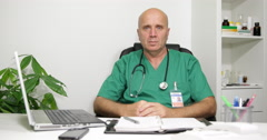 Medical Staff Interview British Doctor Approve Cure Head Nodding Affirmative Stock Footage