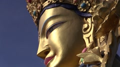 Buddha statue , zoom out Stock Footage