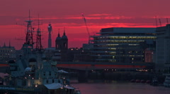 Purple sky in London, after the Sun disappear, Close up - stock footage