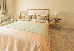 Bedroom room in modern style Kuvituskuvat