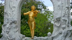 Monument, Johann Strauss II, Stadtpark, Vienna, Austria Stock Footage