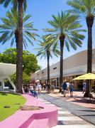 Lincoln Road , a famous shopping boulevard in Miami Beach Stock Photos