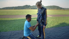 How to dress properly to be safe for sky diving Stock Footage
