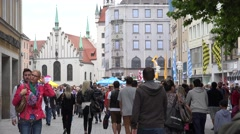 4K Crowded Marienplatz Munich old town traditional facade classical Bavaria area Stock Footage