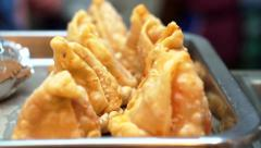 Samosa, indian fried snack food Stock Footage