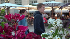 French café terrace & crowd on public place, square Stock Footage