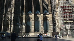 Cologne cathedral - crowd at city square Stock Footage
