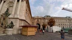 Buda castle Matthias fountain. 4K. Stock Footage