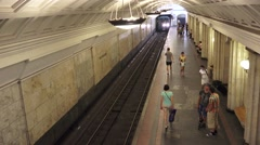 A train arriving (in 4k), in Teatralnaya Metro station, Moscow Metro, Russia. Stock Footage