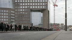 London Bridge commuters at morning rush hour Stock Footage