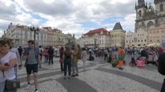 Tourists gathered in Old Town Square (Staroměstské náměstí), Prague Stock Footage