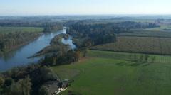 Aerial view of Willamette River, Oregon: 4K Ultra HD Stock Footage