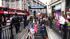 London Oxford Circus, Biggest Shopping Street In Europe. Stock Footage