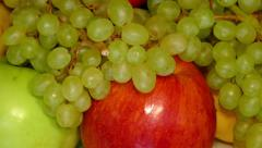 4k – Summer fruit – pears, apples, peaches, grapes Stock Footage