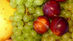 4k – Summer fruit – plums, pears, apples, peaches, grapes Stock Footage