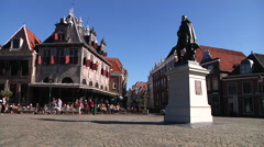Hoorn square with old houses and statue Jan Pieterszoon Coen Stock Footage