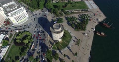 Flight over the famous White Tower in Thessaloniki, Greece Stock Footage