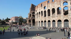 Stock Video Footage of tourists visiting the colosseum in Rome: crowd, monument, ancient building