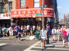 Tourists and souvenis shop at Chinatown in New York City Stock Photos