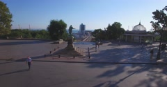 Duke de Richelieu monument in Odessa (Aerial) Stock Footage