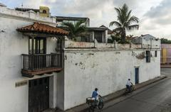 Old town of Cartagena, Colombia, near the sea wall. Stock Photos