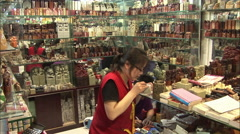 Chinese jade seal carving, market stall Stock Footage