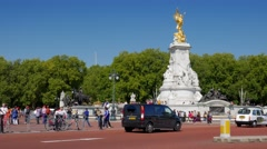 Static shot of traffic passing the Victoria Memorial Stock Footage