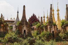In Dein Stupas, Pagodes Paya Shwe Inn Thein Stock Photos