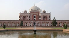 SLOW MOTION View on Humayun's Tomb with fountain,Delhi,India Stock Footage