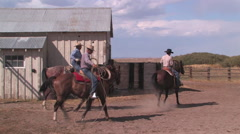 Cowboys prepare to rope cattle in northern Nevada Stock Footage