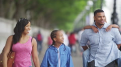 4K Happy African American family sightseeing in London Stock Footage
