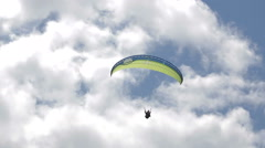 Para glider over mountains Stock Footage