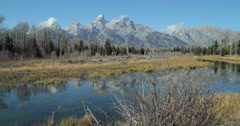 Grand Teton national park mountains reflection on water Stock Footage