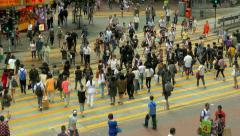 People crossing street in Wan Chai, Hong Kong. Stock Footage