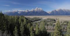 Grand Teton national park mountains snake river Stock Footage