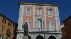 Garibaldi Monumaent at the Piazza Garibaldi in Pisa, Italy Stock Footage