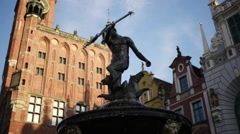 Neptune statue in Artus Court in Long Market Street Stock Footage