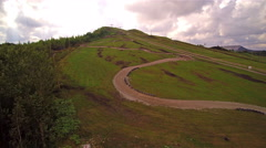 The road going to the mountain in Kivioli Stock Footage