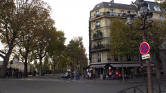 A cozy cafe in the heart of Paris. 4K. Stock Footage