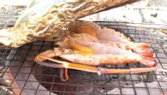 Grilled shrimps cooking at Thai seafood restaurant Stock Footage