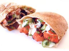 Tikka chicken flat bread pitta Stock Photos