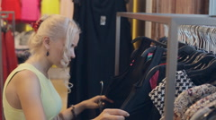 Happy blond woman on shopping in Milan Stock Footage