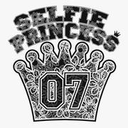 Selfie princess t-shirt Stock Illustration