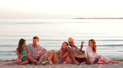 Guys and girls fun singing and playing the guitar. Stock Footage