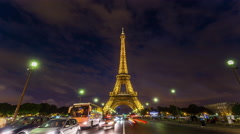 Night light paris famous eiffel tower street panorama 4k time lapse france Stock Footage