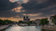 Sunset notre dame de paris siene river bay panorama 4k time lapse france Stock Footage