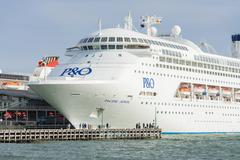 Pacific Jewel cruise ship at Port Melbourne Stock Photos