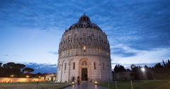 Time Lapse of the Baptistery of St John in Pisa Stock Footage